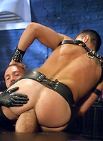 Muscled men Josh West and Lance Navarro fucking